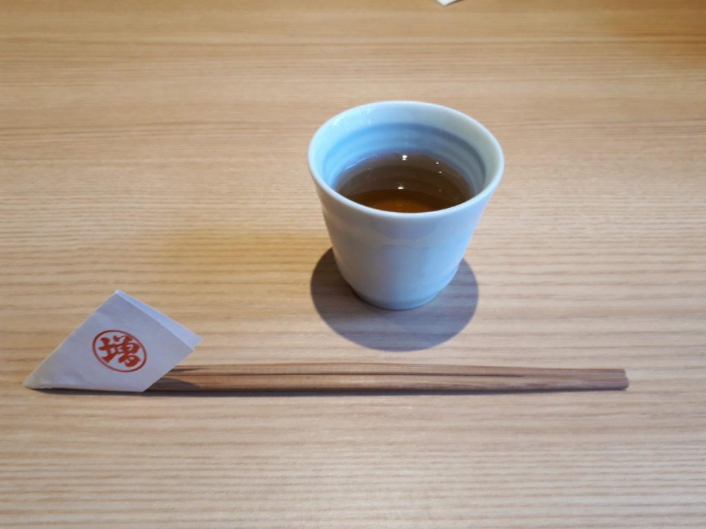 お茶とお箸