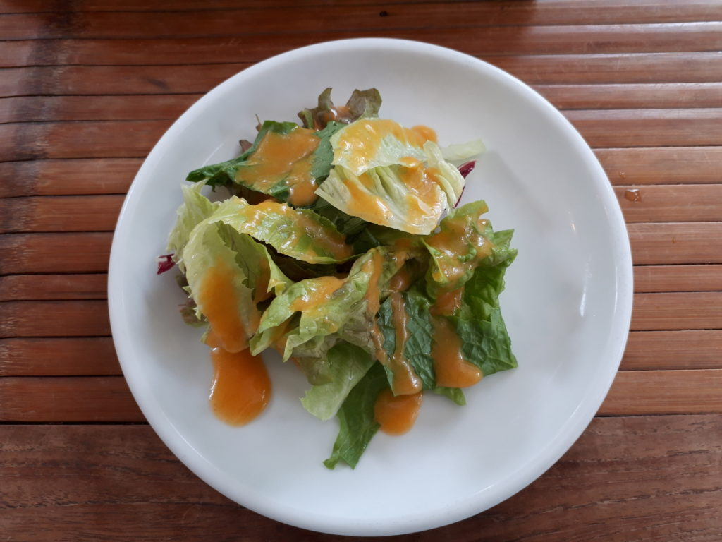 ランチセットのサラダの写真