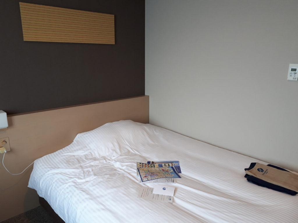 シングルルーム ベッドサイズ